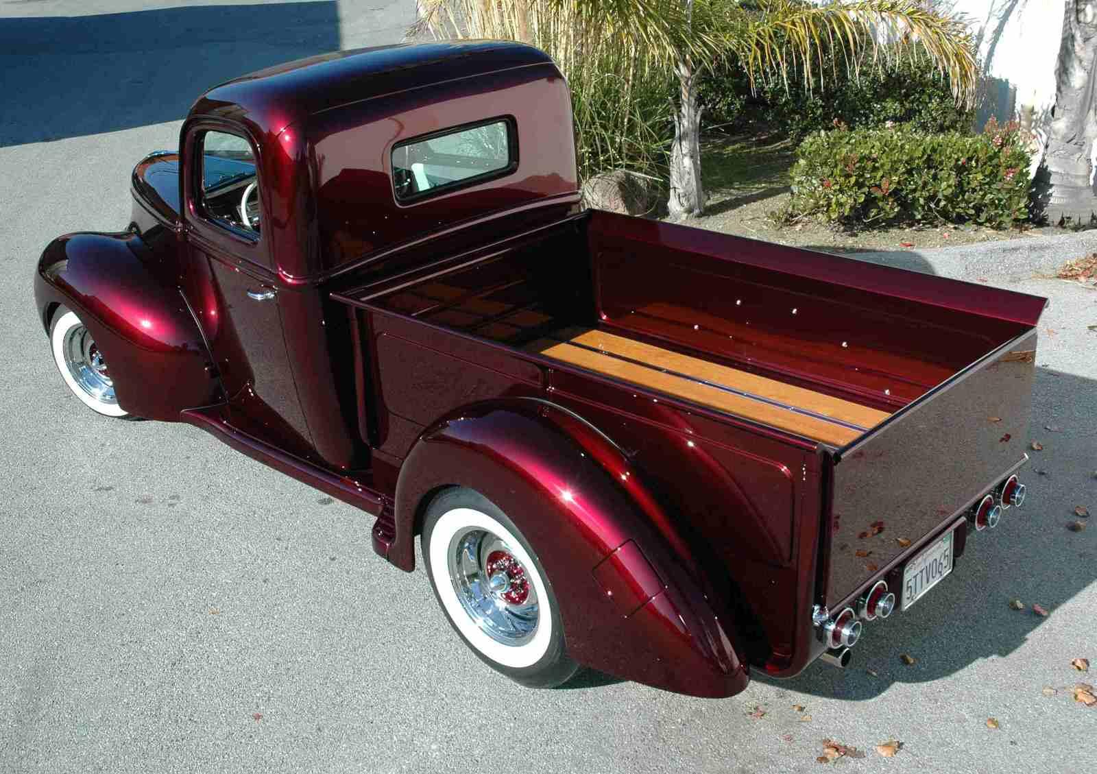 Dave Pozzi 1941 Ford Pickup (Lepesh Pickup) - South City Rod & Custom - Photo by Pat Ganahl