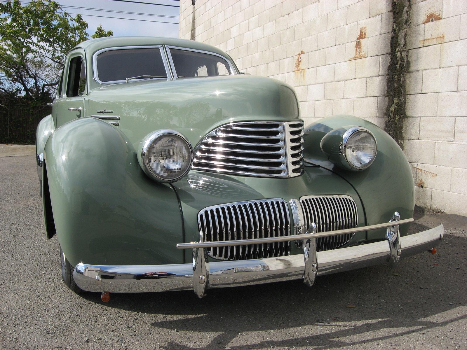 Phil Linhares 1941 Graham Hollywood - South City Rod & Custom