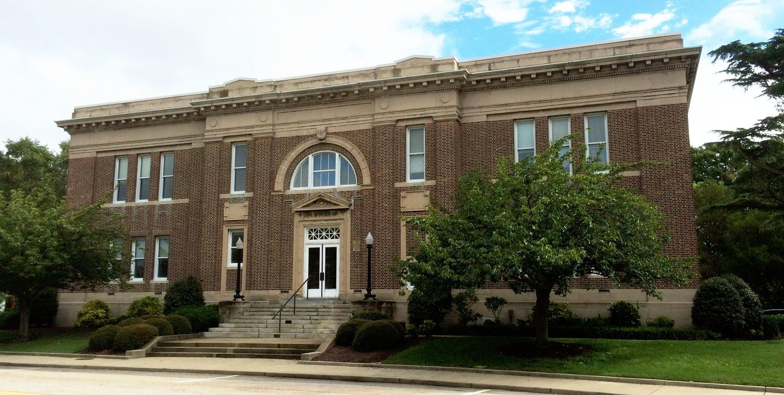 Original 1909 library building