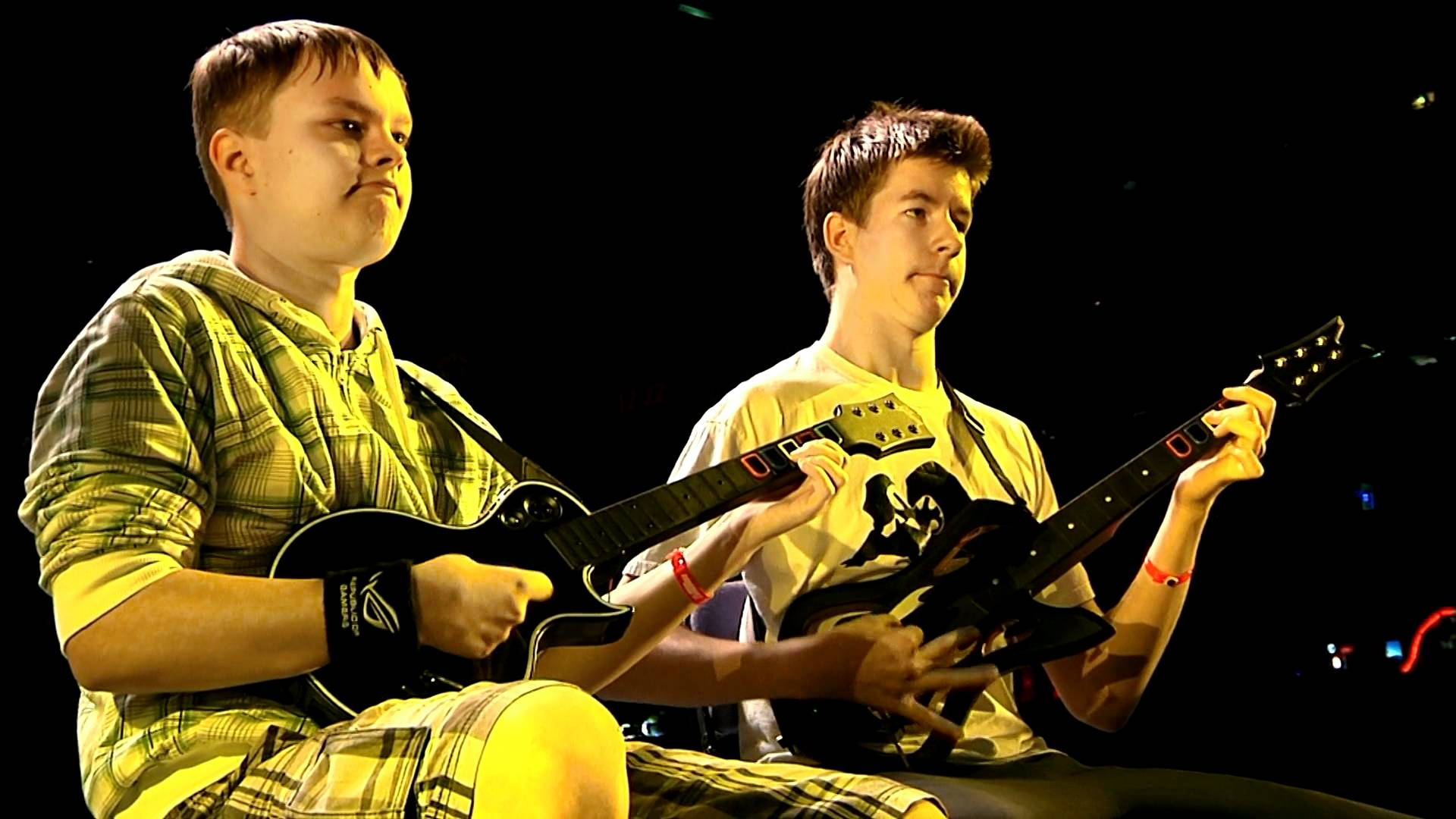 (Guitar Hero National Competition Finals)