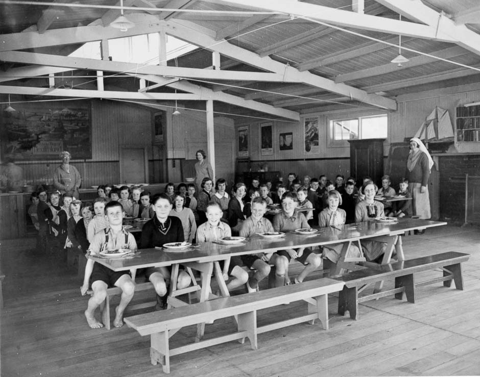 'Otaki health camp, 1940s', URL: https://nzhistory.govt.nz/media/photo/otaki-health-camp, (Ministry for Culture and Heritage), updated 15-May-2017