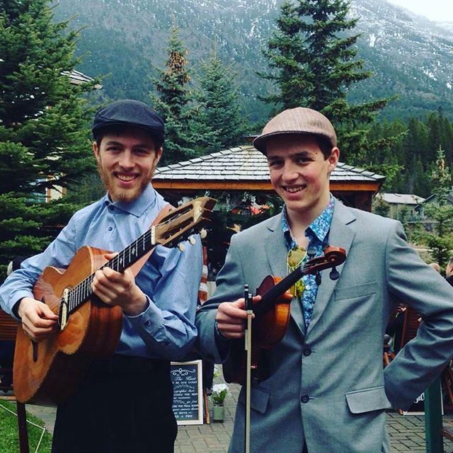 """The CorryBoys, Jackson and Samuel, are a high energy duo from Red Deer who perform shows for young and old alike. As multi-instrumentalists they have played across Western Canada and Ontario.""⠀⠀⠀⠀⠀⠀⠀⠀⠀ They compete across Canada and They have performed at venues and festivals ranging from The Big Valley Jamboree to The Blueberry Bluegrass festival to intimate house concerts across the country.⠀⠀⠀⠀⠀⠀⠀⠀⠀ We're SO excited to have them joining us this year!⠀⠀⠀⠀⠀⠀⠀⠀⠀ .⠀⠀⠀⠀⠀⠀⠀⠀⠀ .⠀⠀⠀⠀⠀⠀⠀⠀⠀ .⠀⠀⠀⠀⠀⠀⠀⠀⠀ .⠀⠀⠀⠀⠀⠀⠀⠀⠀ .⠀⠀⠀⠀⠀⠀⠀⠀⠀ #folkfest #albertamusic #yycarts #yyc #yycevents #newmusic #folkmusic #bluegrass #musicfestival #calgaryarts #songwriter #canadianmusic #bluegrassfolk #albertafolkfest #yycnow #15minutesoffame #supportlocalmusic #rosebudalberta #canadiansongwriters #supportlivemusic #albertabands #outdoormusicfestival #calgaryfoodtrucks #albertaarts #yycmusic #livemusic #albertafestivals #rosebudfestivals #15FameFest #musica"