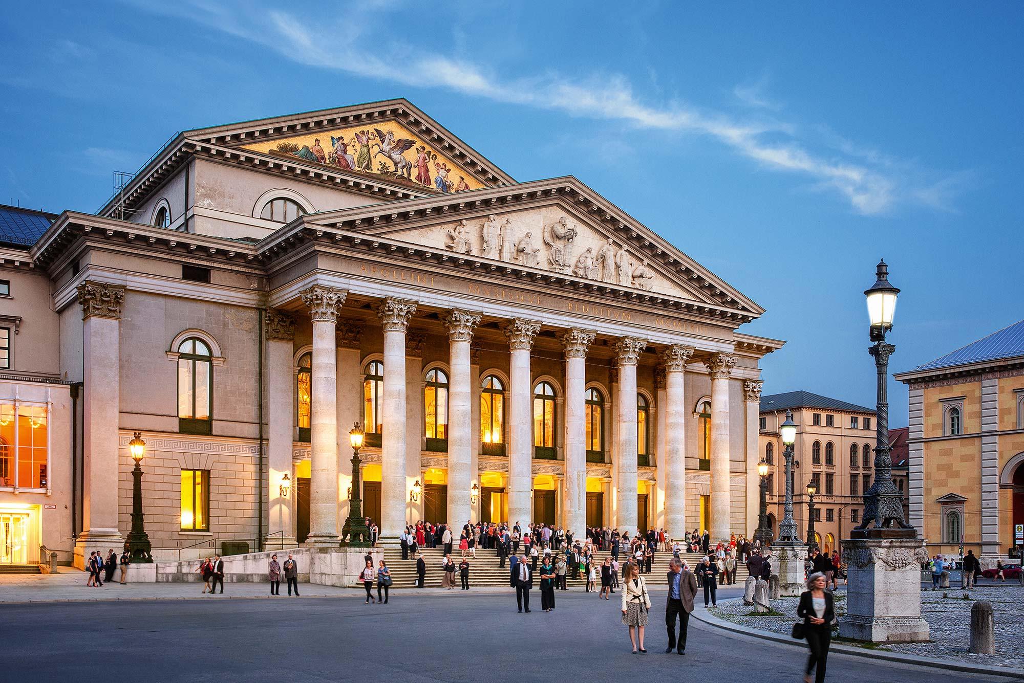 The Bayerische Staatsoper, or the Bavarian State Opera in Munich. Photo © Felix Loechner