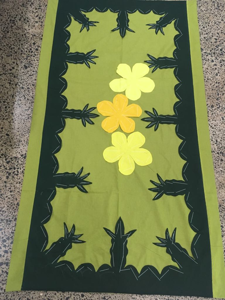 Pineapple tablecloth.jpg