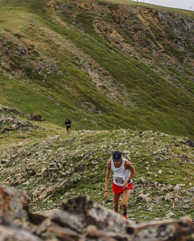 @arapahoe_basin is near. PC: @rachaelzimmermanphotography @janzy_ #pushpeaks #onrunning #blackdiamond