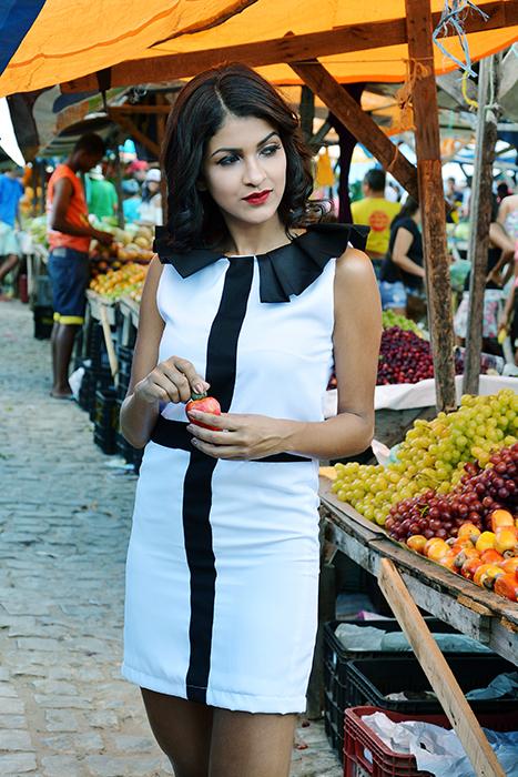 celi_conquista_white_dress_black_collar.jpg