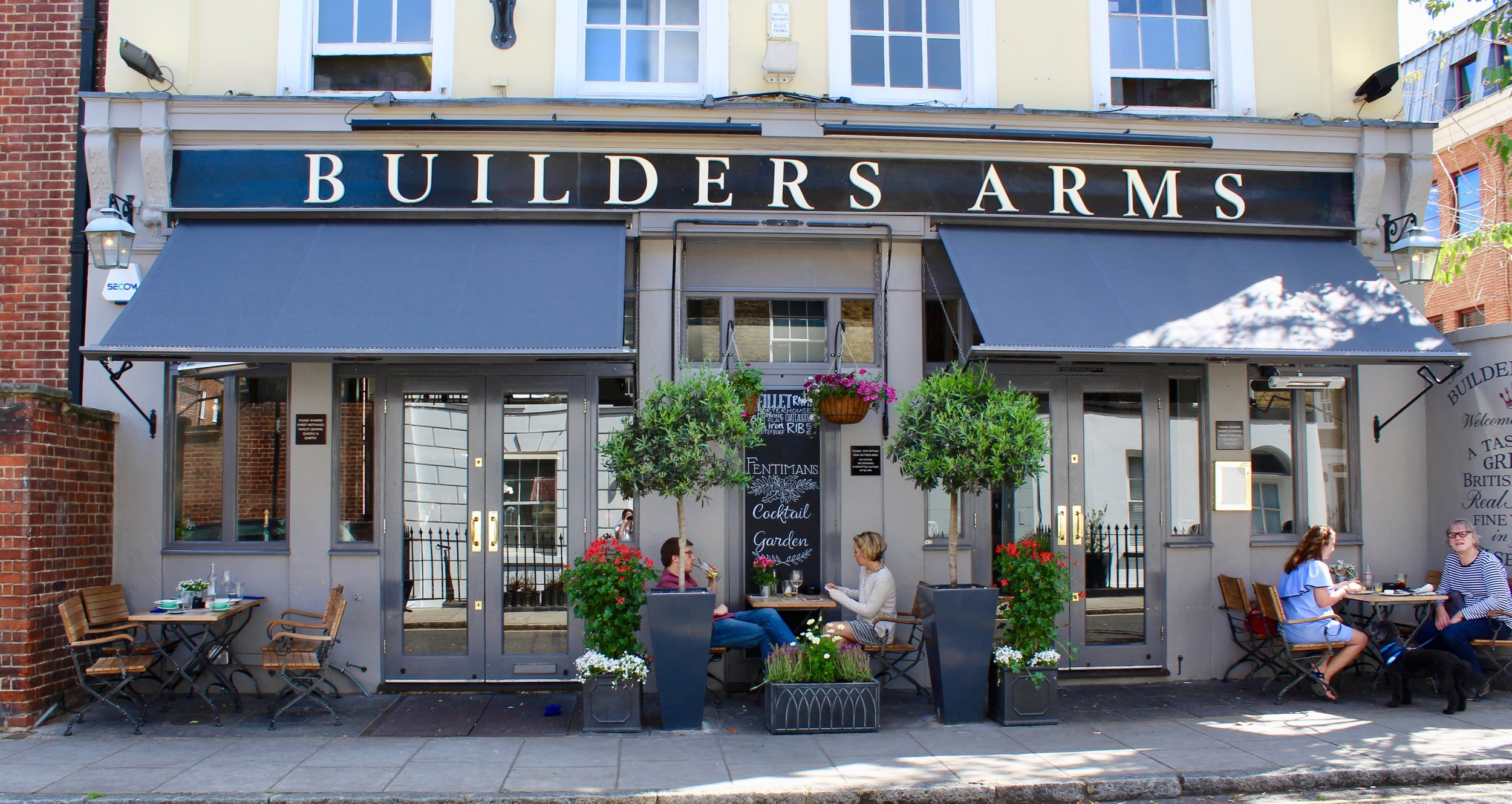 Builders 1.jpg