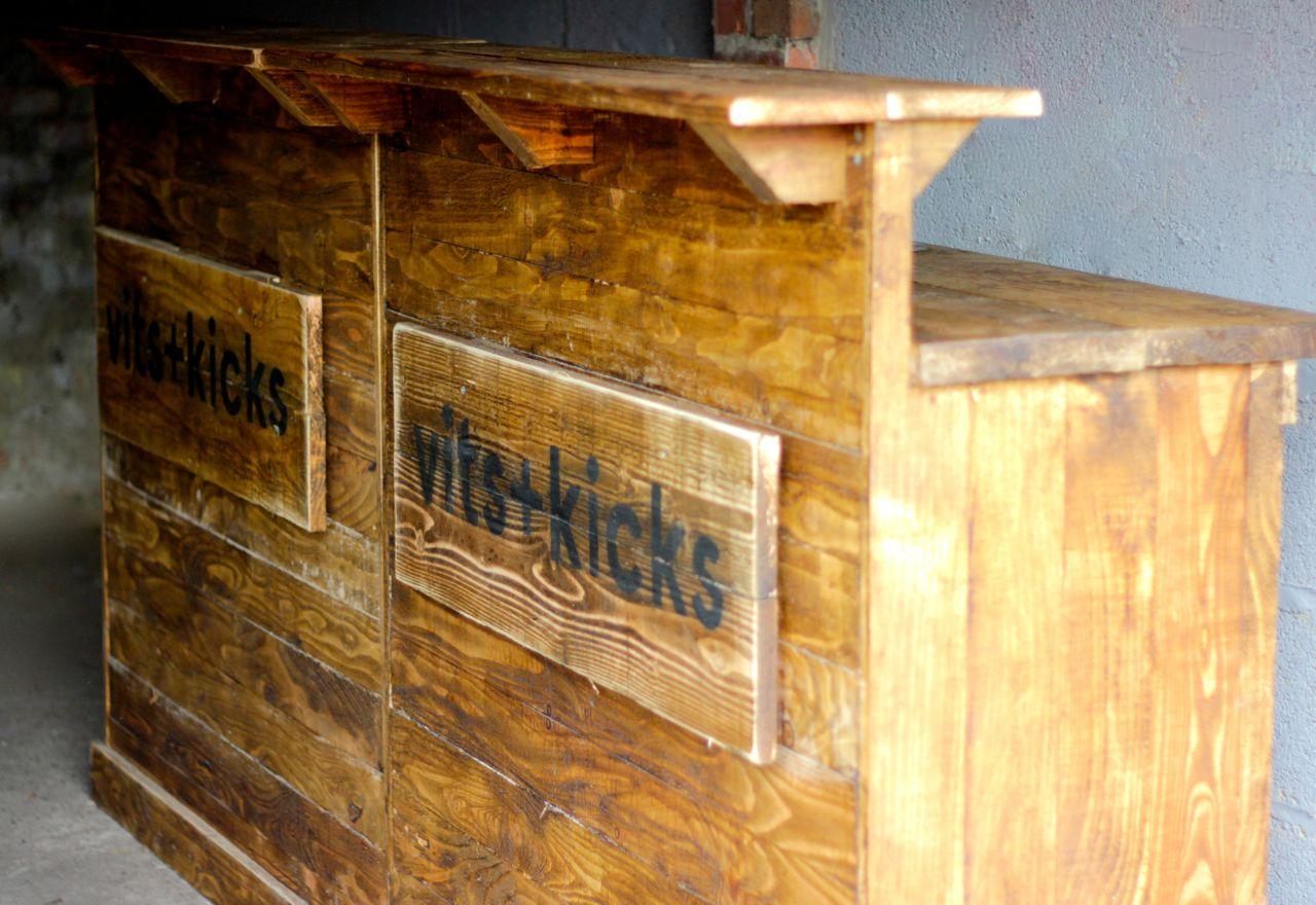 Wooden Bar - double.jpg