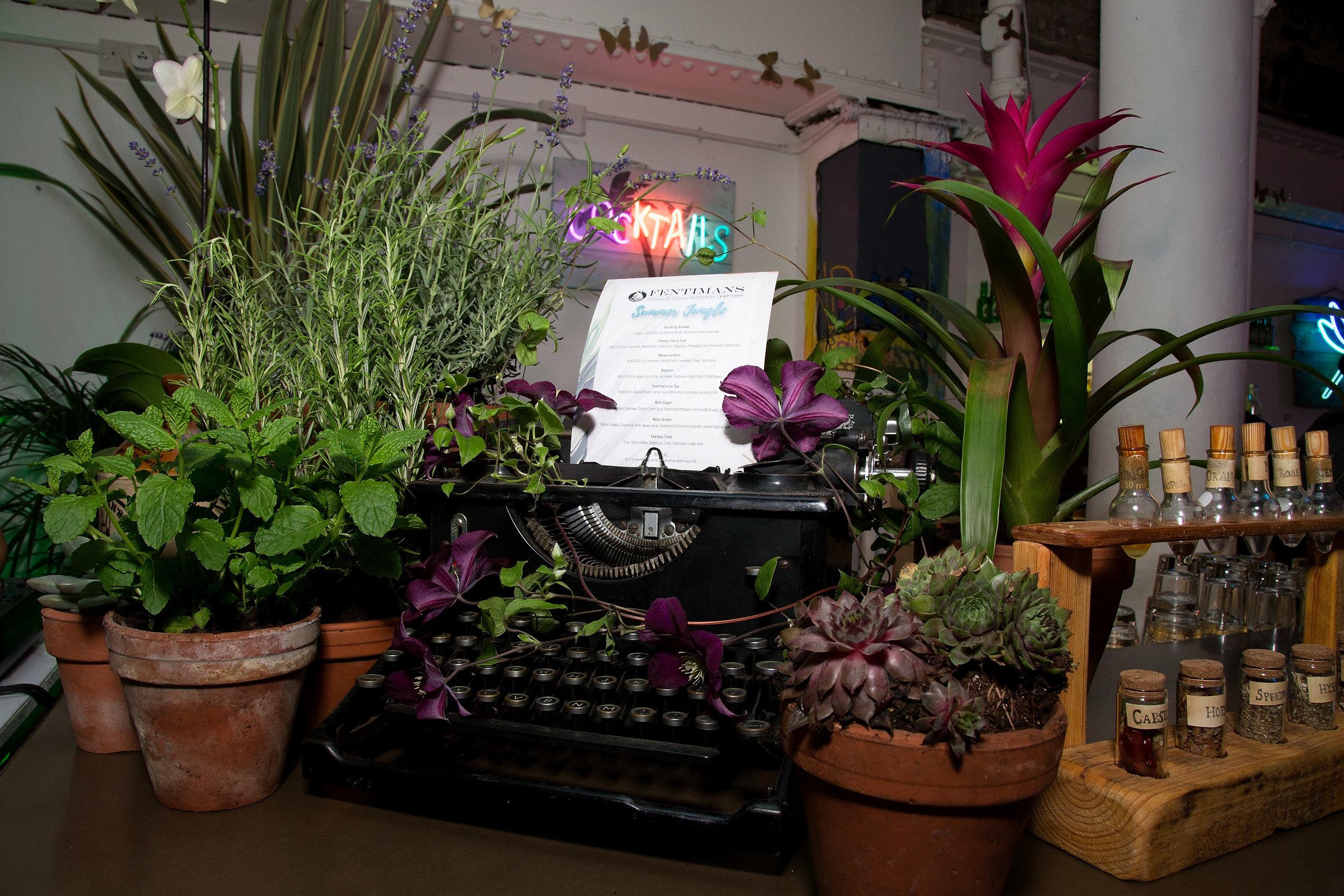 SJ_typewriter.JPG