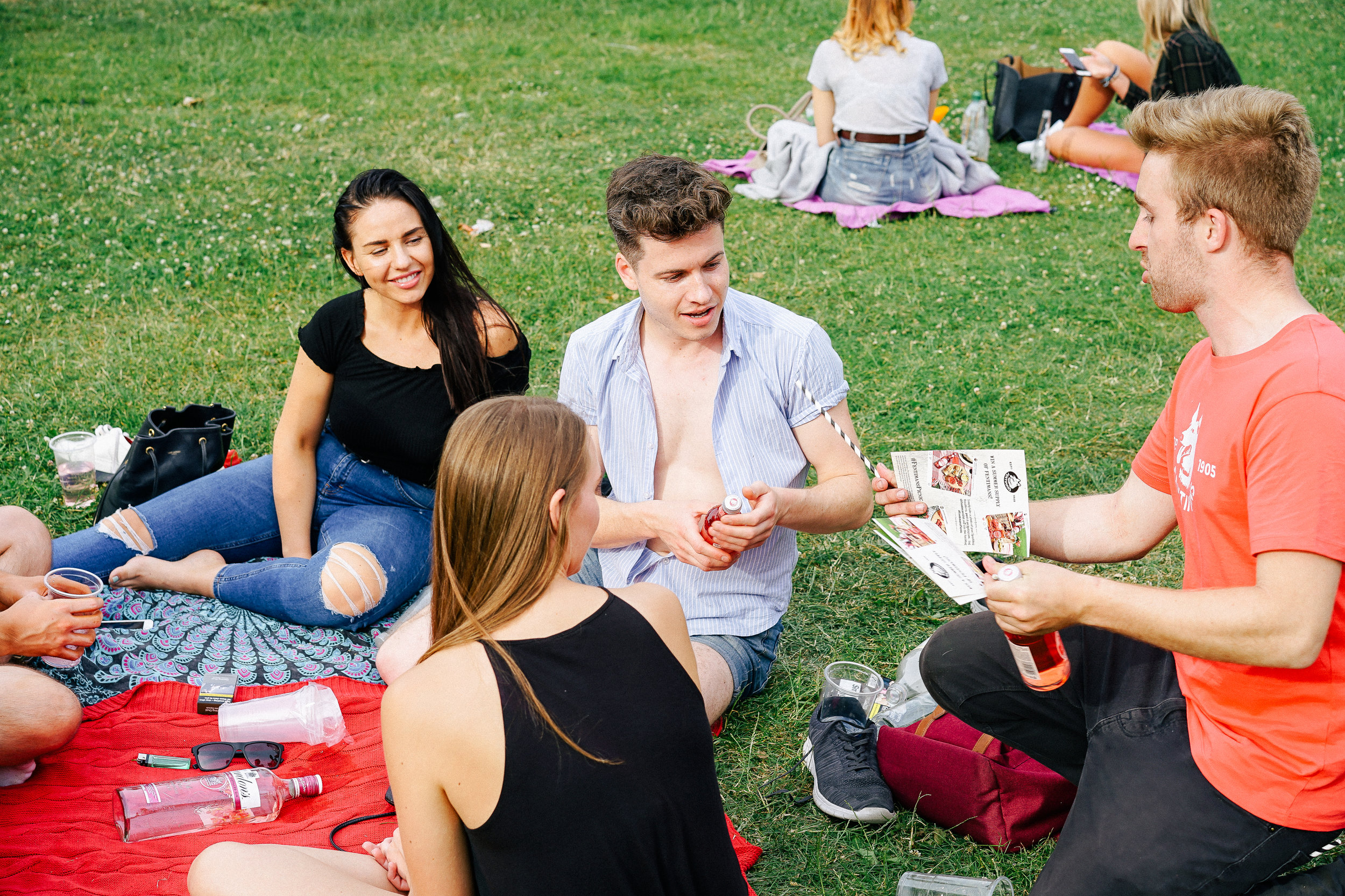 Quirky Group Brand Ambassadors Launch Fentimans Sparkling Raspberry - People Picnic