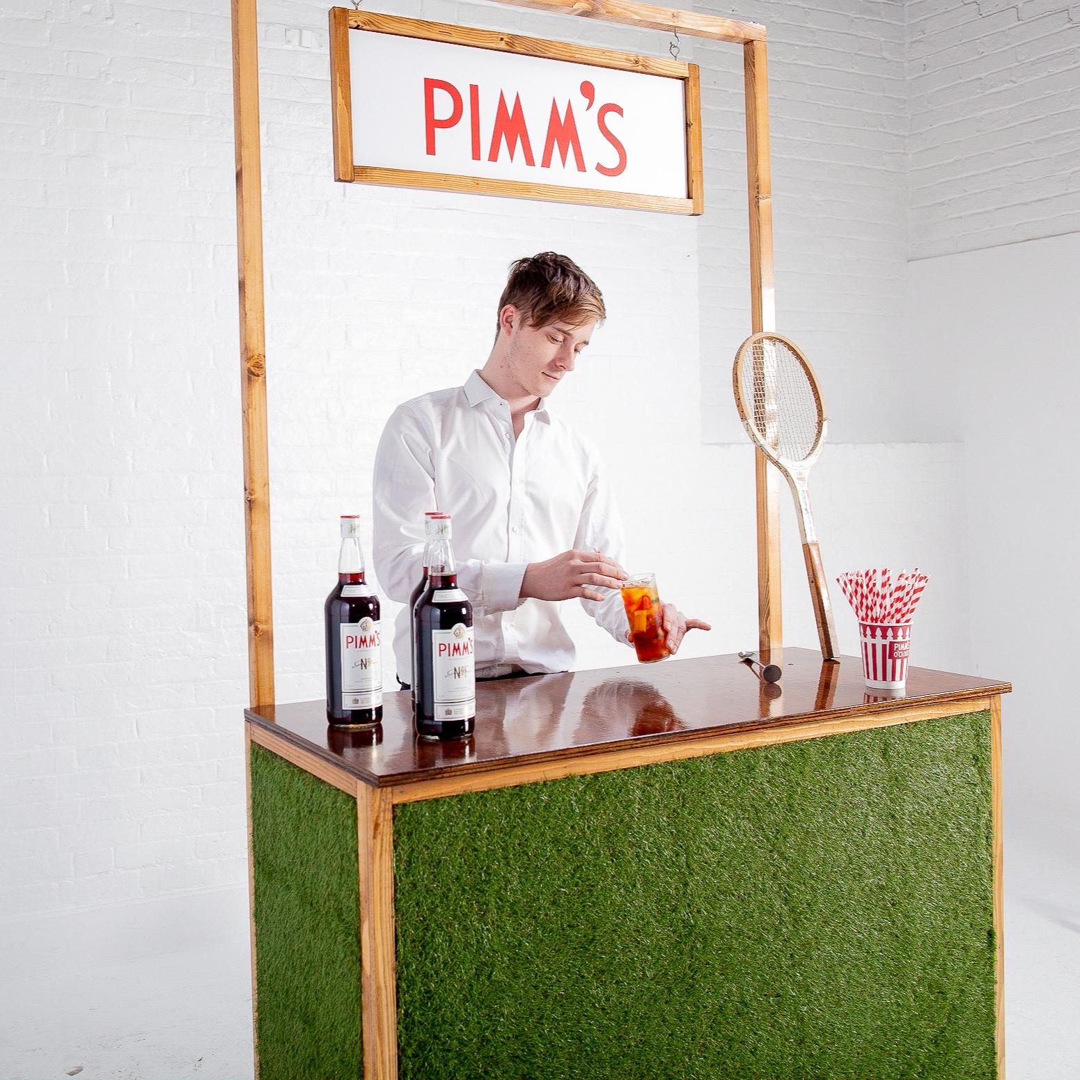 Grass Pimm's Bar