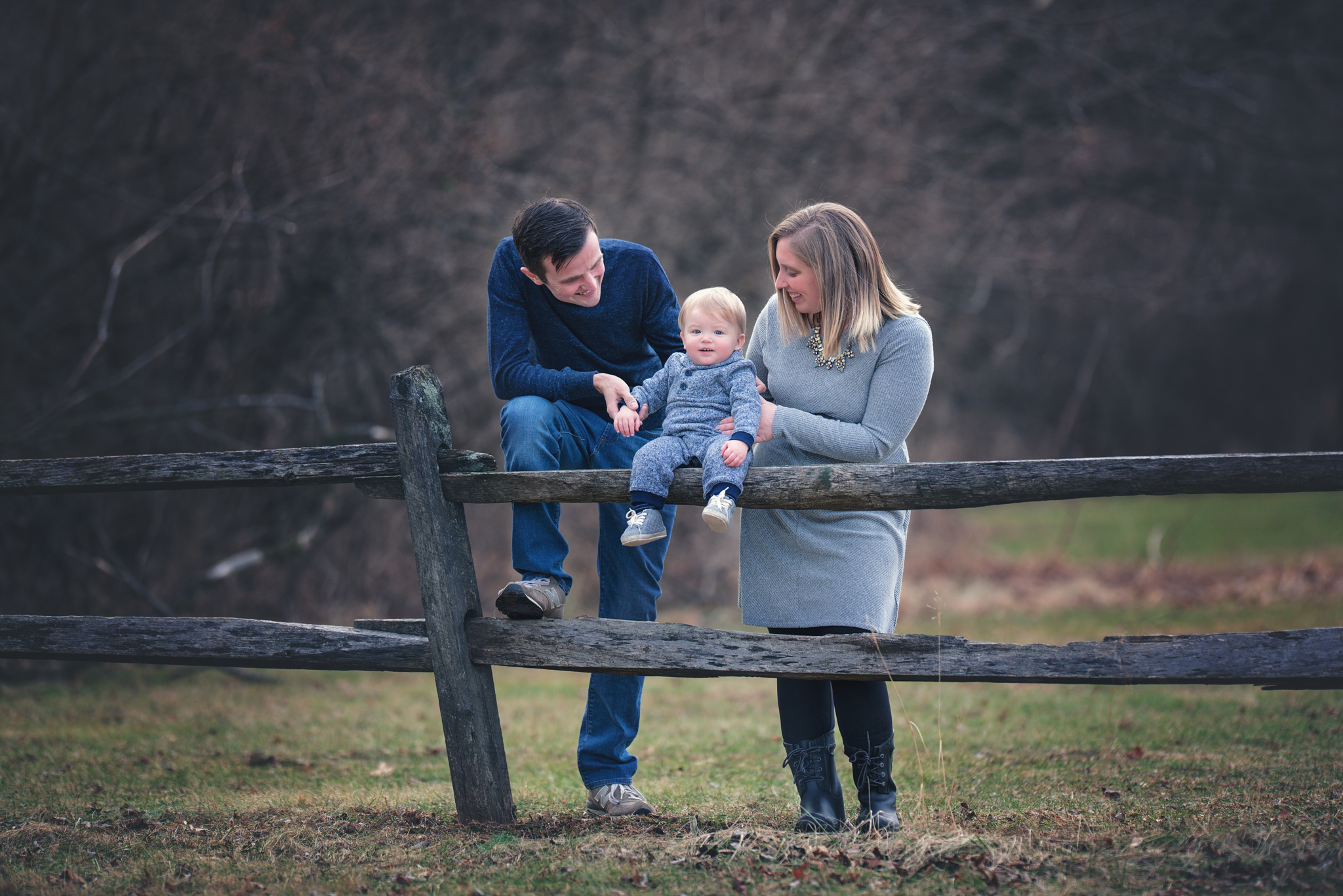Family picture by Fotoplicity.jpg