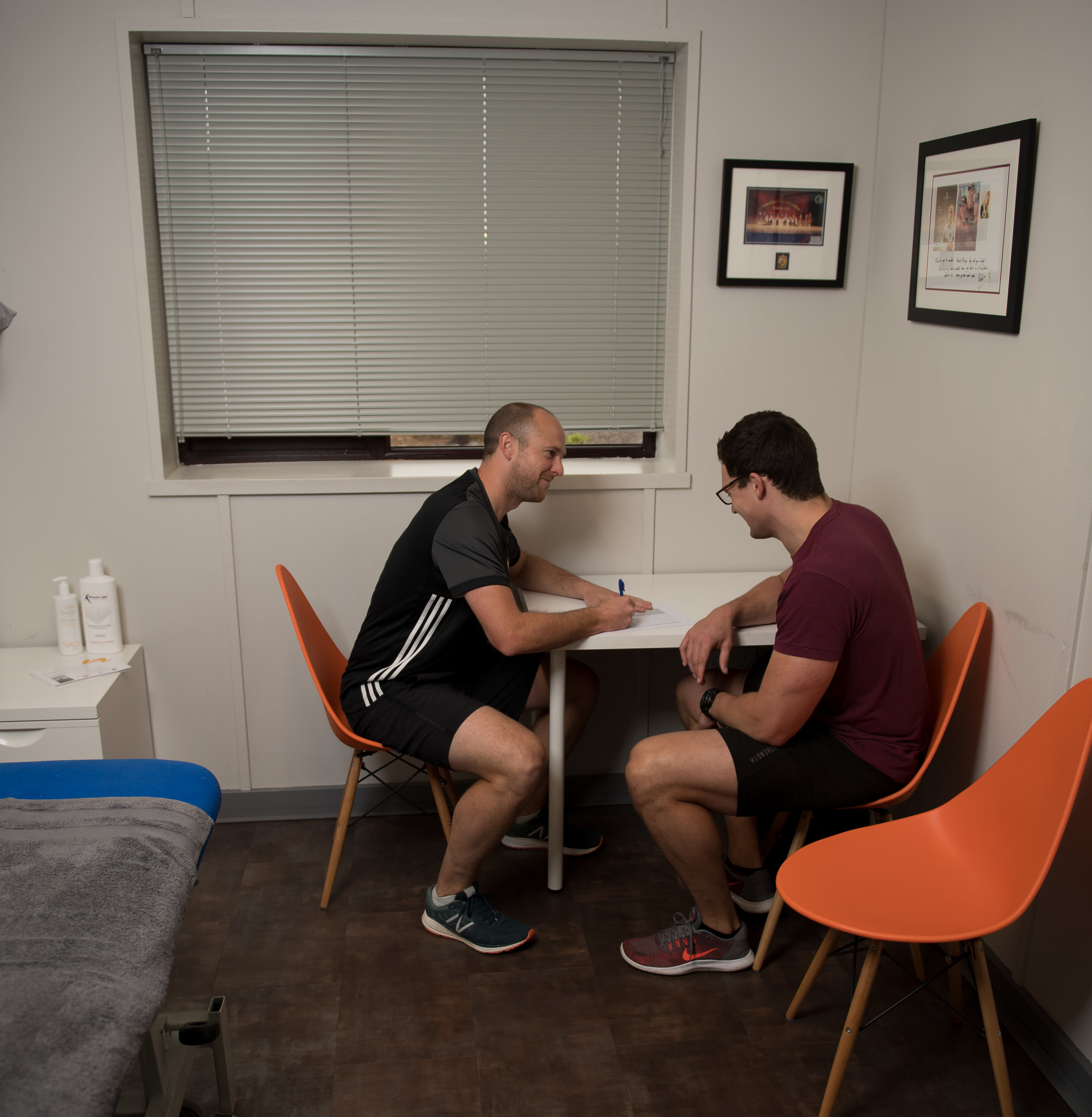 Initial assesment at Move4 Physiotherapy Northampton Lee Daggett