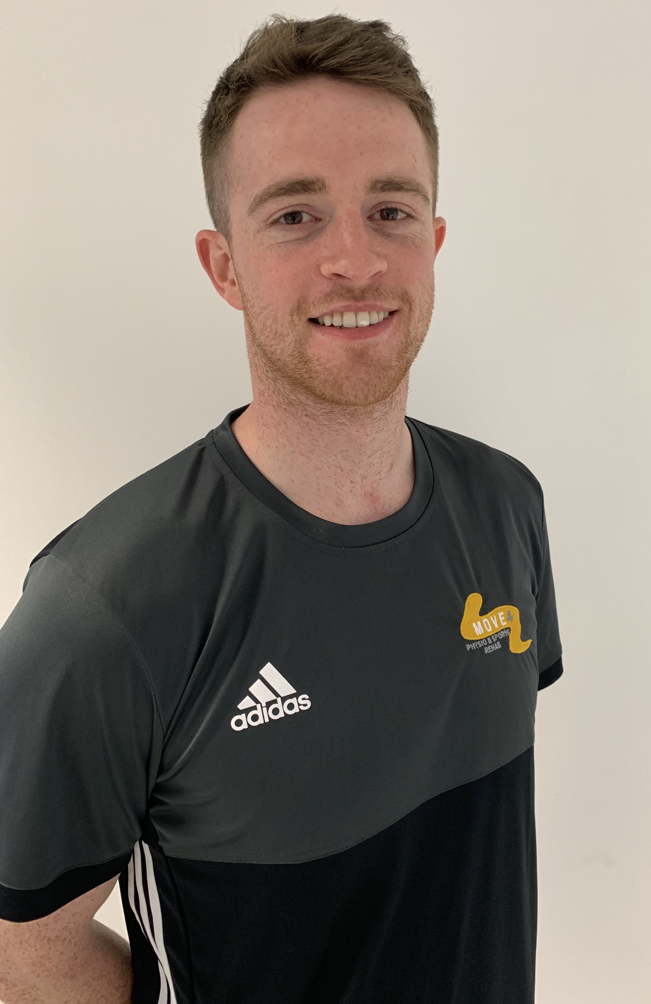 Calvin Kernohan - BSc (Hons) MCSPAcademy Physiotherapist at Northampton Saints RFCPhysiotherapist for St Enda's GAC Hurling, Camogie and Gaelic footballGraduate in physiotherapy - Ulster University