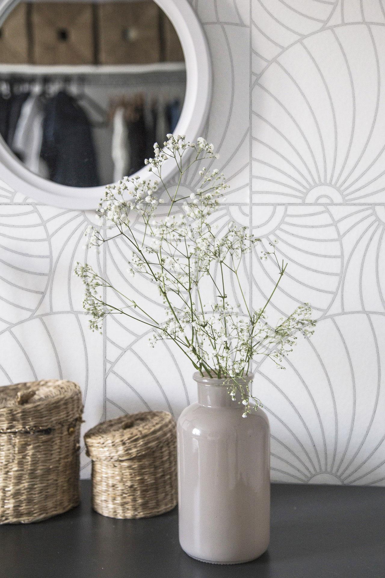 Ferris-Vase.jpg