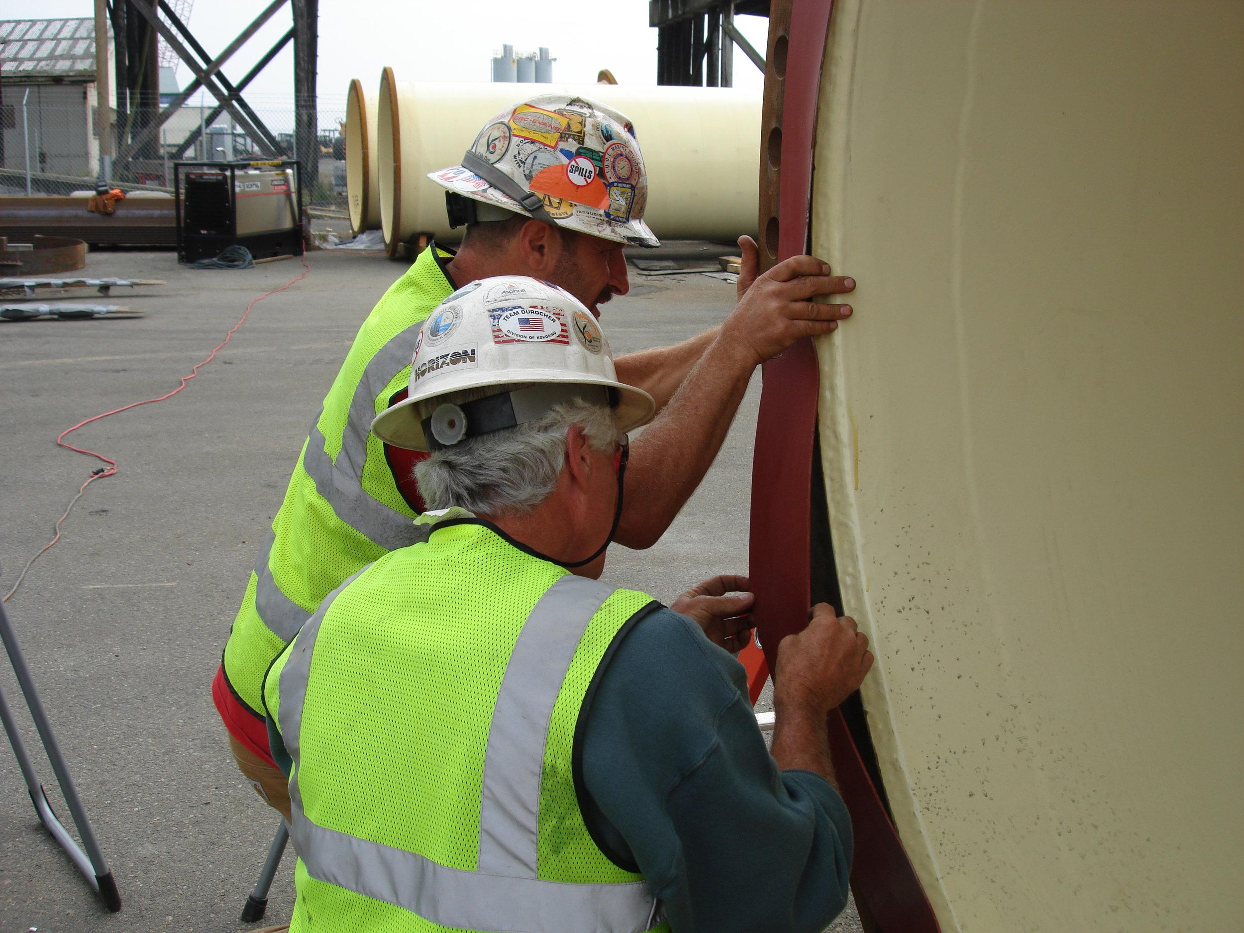 BWO Steel Pipe - Divers Mark Duffy & Dave Mednick Installing Rubber Gasket 028.JPG