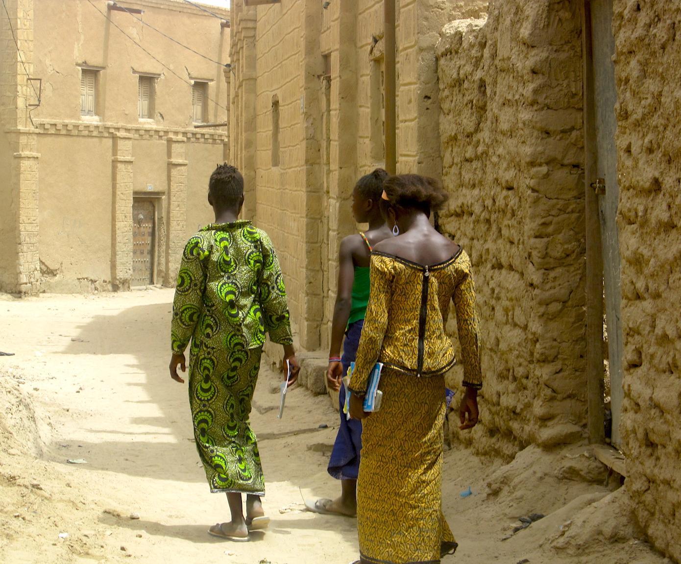 Girls going to school in Timbuktu. Photo: Patti Neves