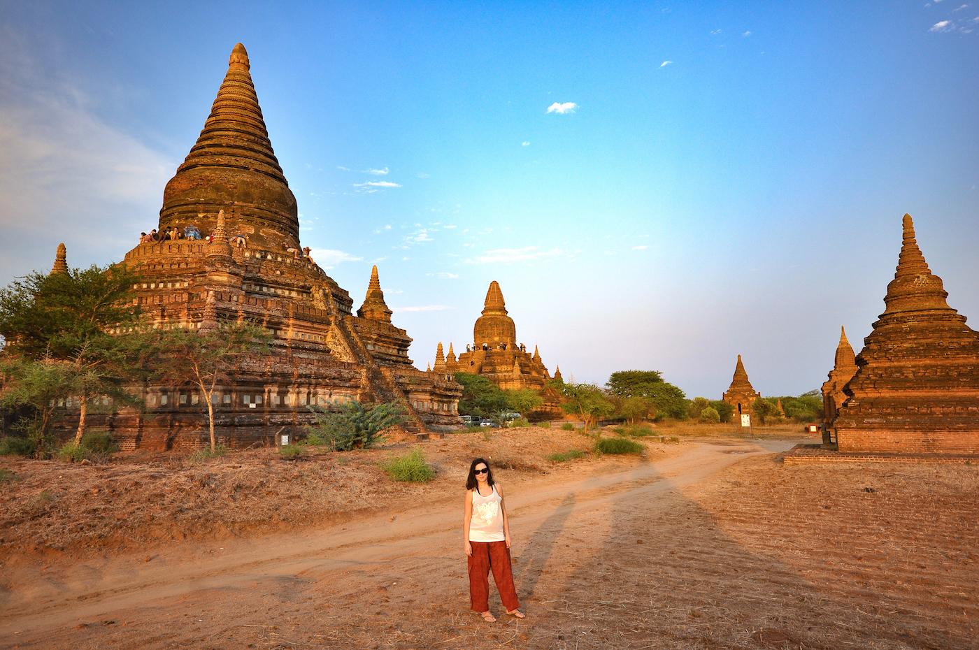 Pôr do sol nos templos de Bagan. Foto: David Mattatia