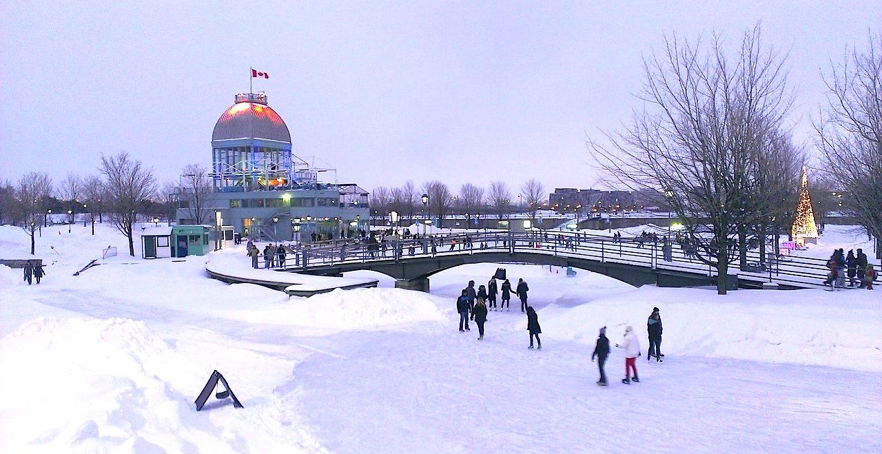 Ice skating no Old Port de Montreal. Um clássico!