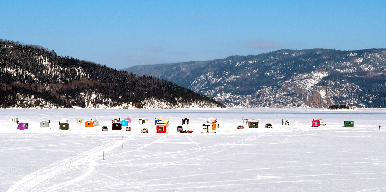 Ice fishing. Photo: Quebec Orginal