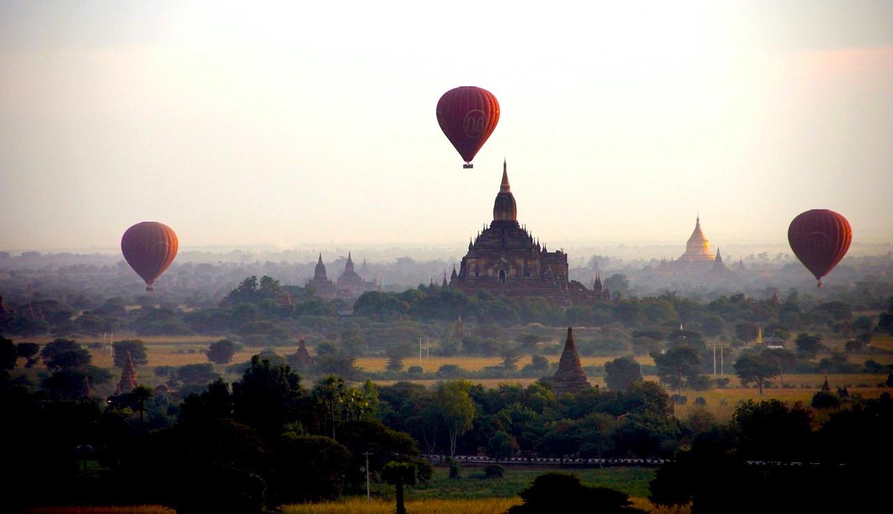 Ballons over Bagan. Photo: Pixabay