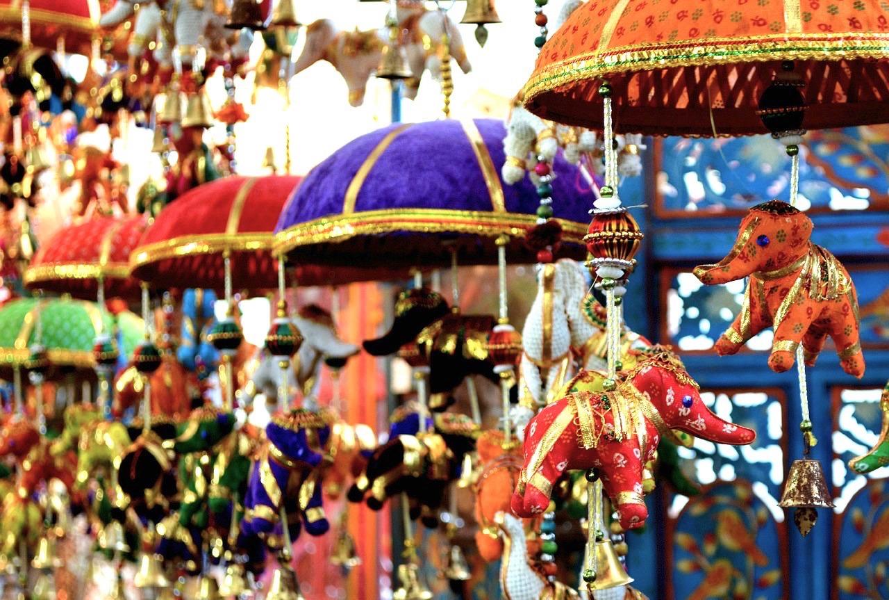 Enfeites em Little India, Singapura.