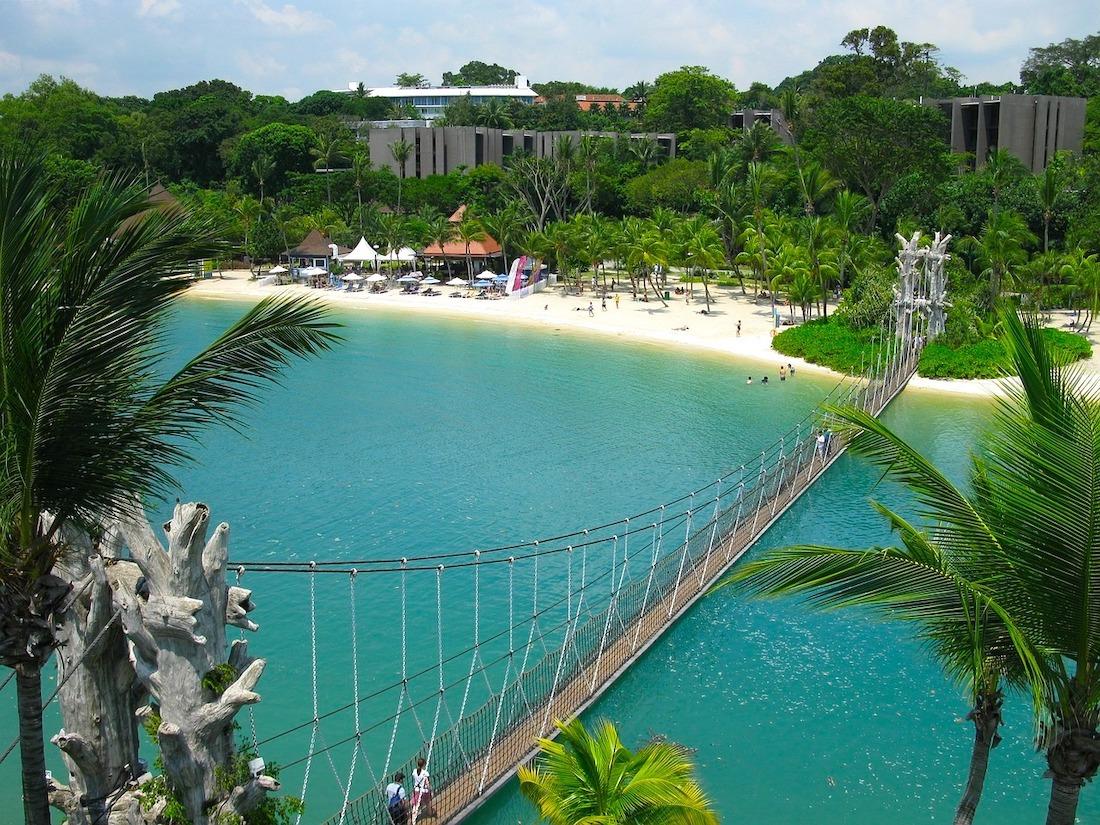 Praia de Palawan, Ilha de Sentosa, Singapura.