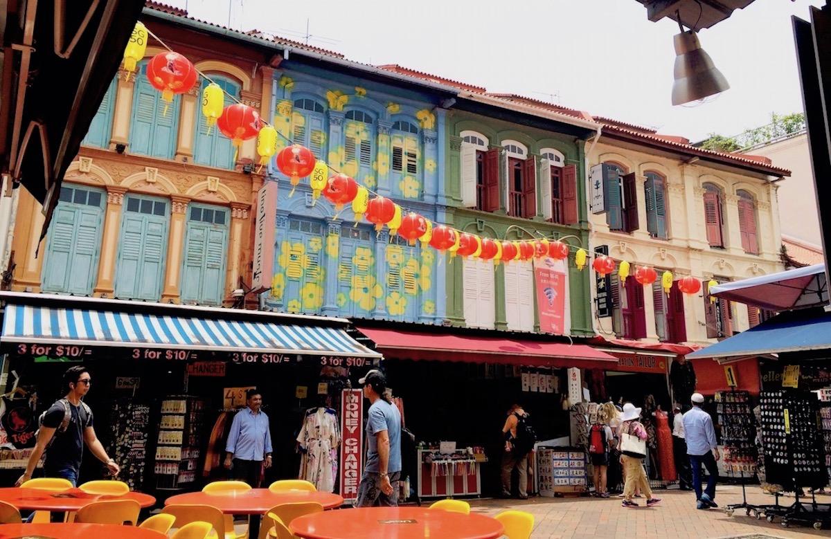 Visita Guiada do Chinatown - Visita guiada de Chinatown em Português incluindo os templos Buddha Tooth Relic, Sri Mariamann e Thian Hock Keng.