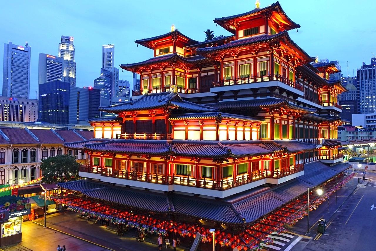 Combo B: Chinatown & Gardens by the Bay - Visita guiada do Chinatown em Português incluindo marcos da cidade como o Buddha Tooth Relic, o Marina Bay Sands e o Gardens by the Bay.