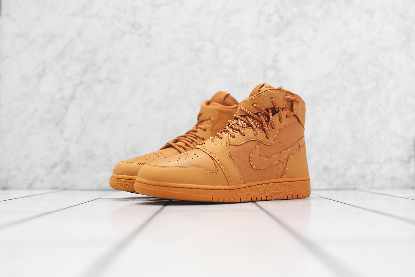 Nike WMNS Air Jordan 1 Rebel XX