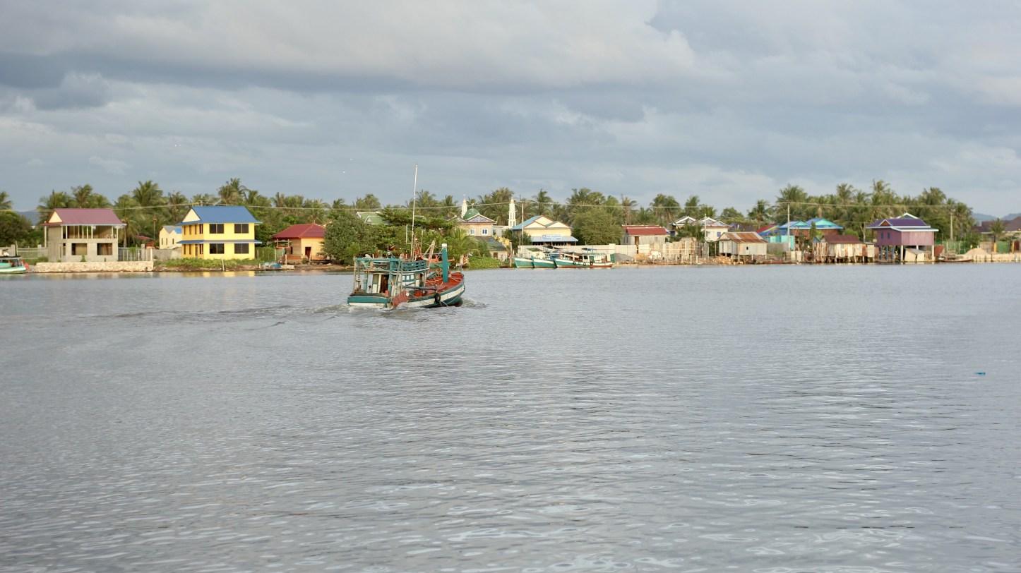 boat_kampot.jpg