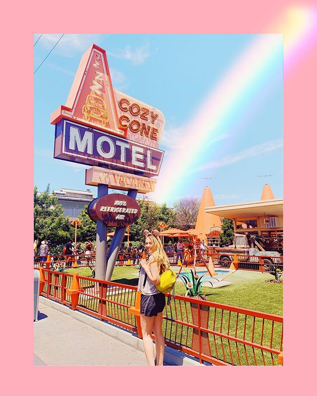 Literally ran into Cars Land like I was five years old 😛😂 When was the last time you did something that made you feel like a kid again? 🍭👧 • • • • • #disneyland #disneyparks #disneysummer