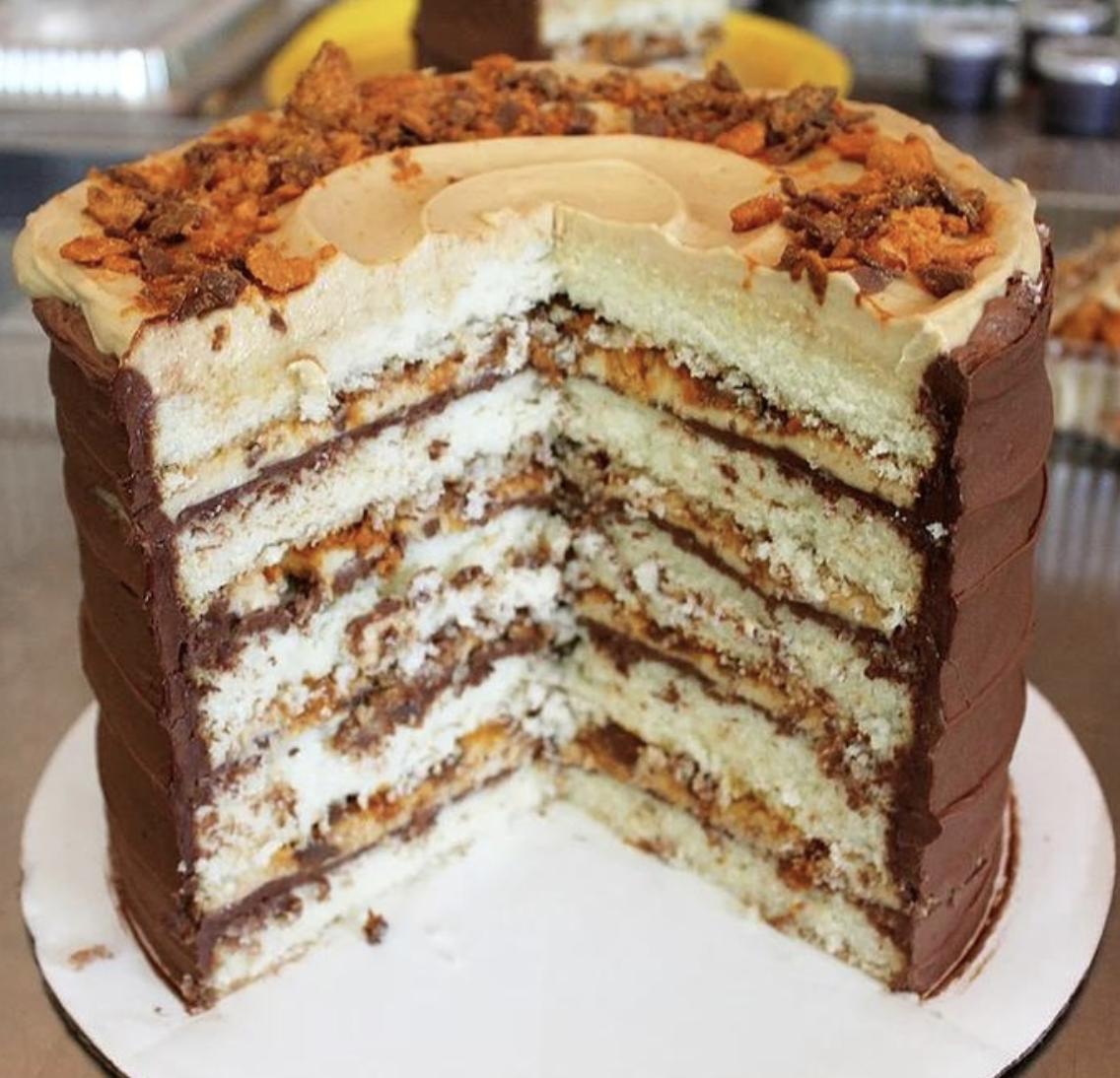 Butterfinger Cake from  Shyndigz