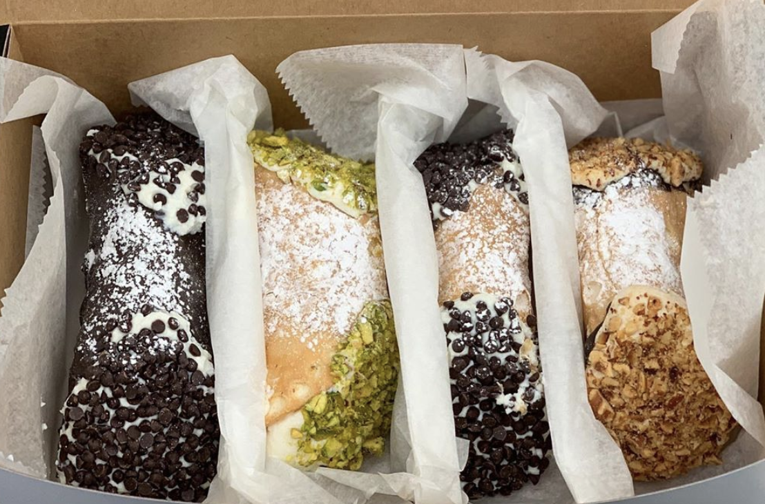 Cannolis from  Mike's Pastry . Photo by @limnovera
