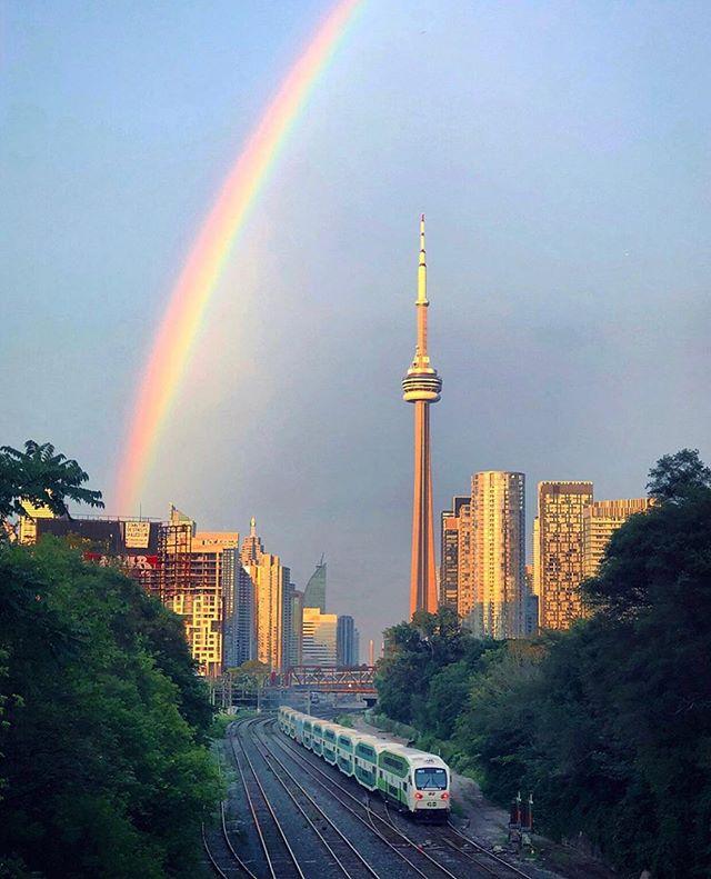 Happy #Pride Toronto! 📸: @bestofbist
