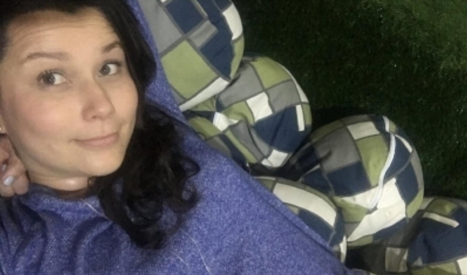 Selfie desde la piscina de almohadas en LM Sabana