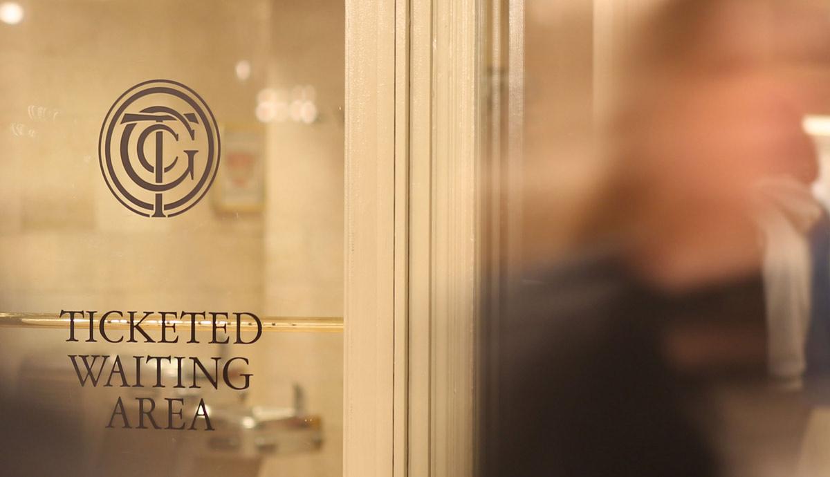 branding_grandcentral_logo_door.jpg