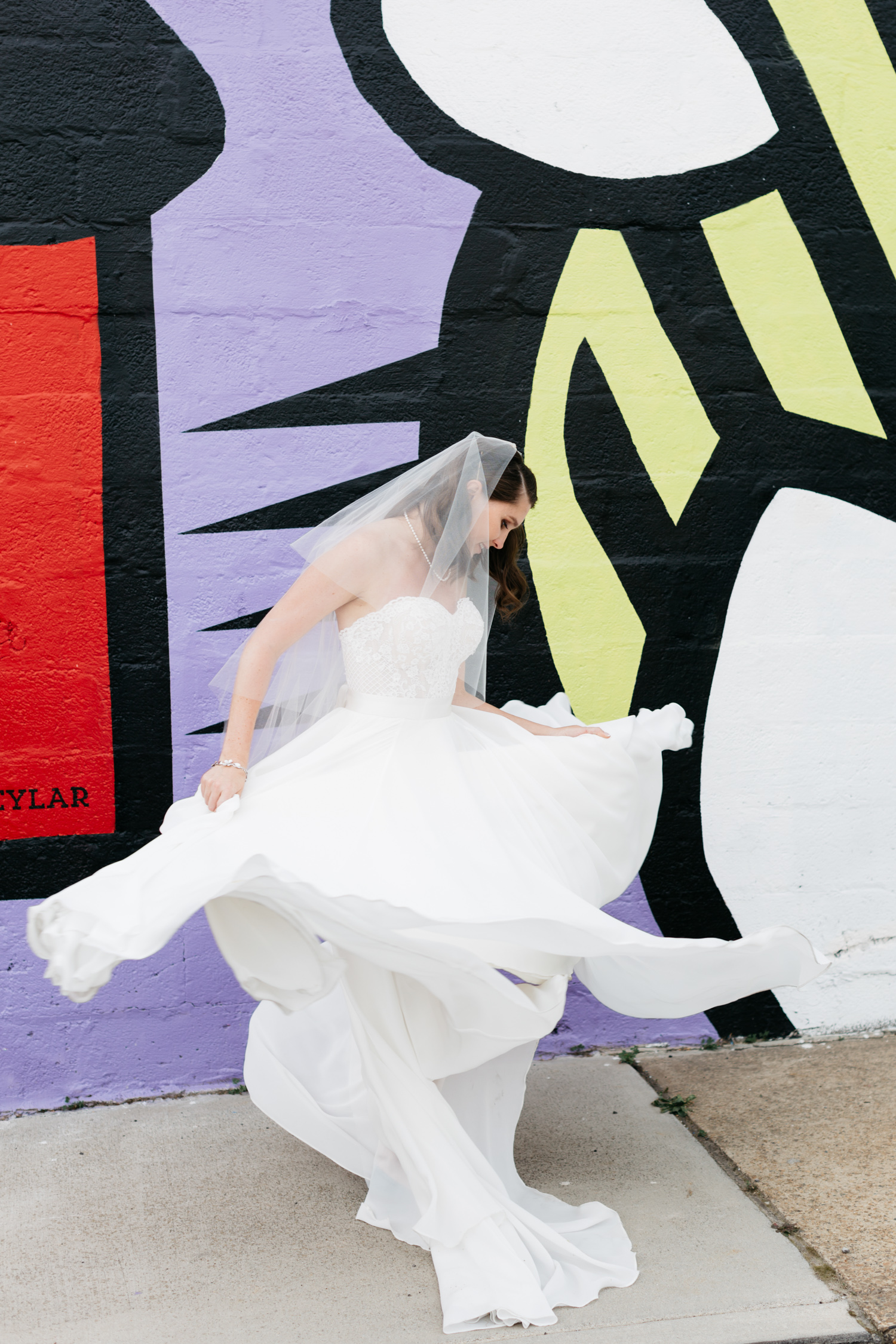 Standard Downtown Knoxville Wedding Venue Central Avenue Happy Holler Mural Bridal Portrait