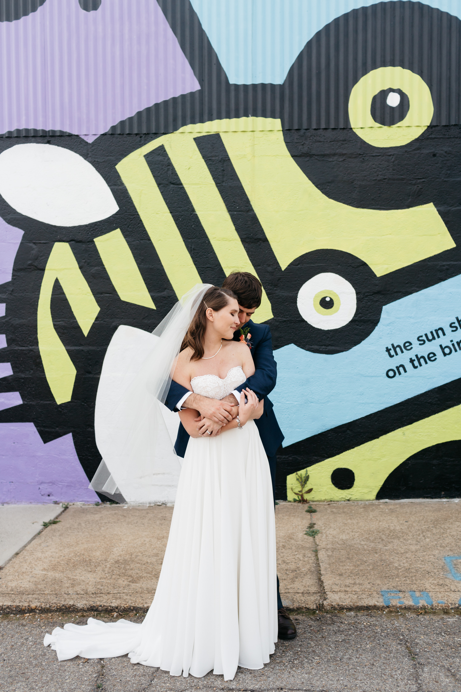Standard Downtown Knoxville Wedding Venue Central Avenue Happy Holler First Look Mural