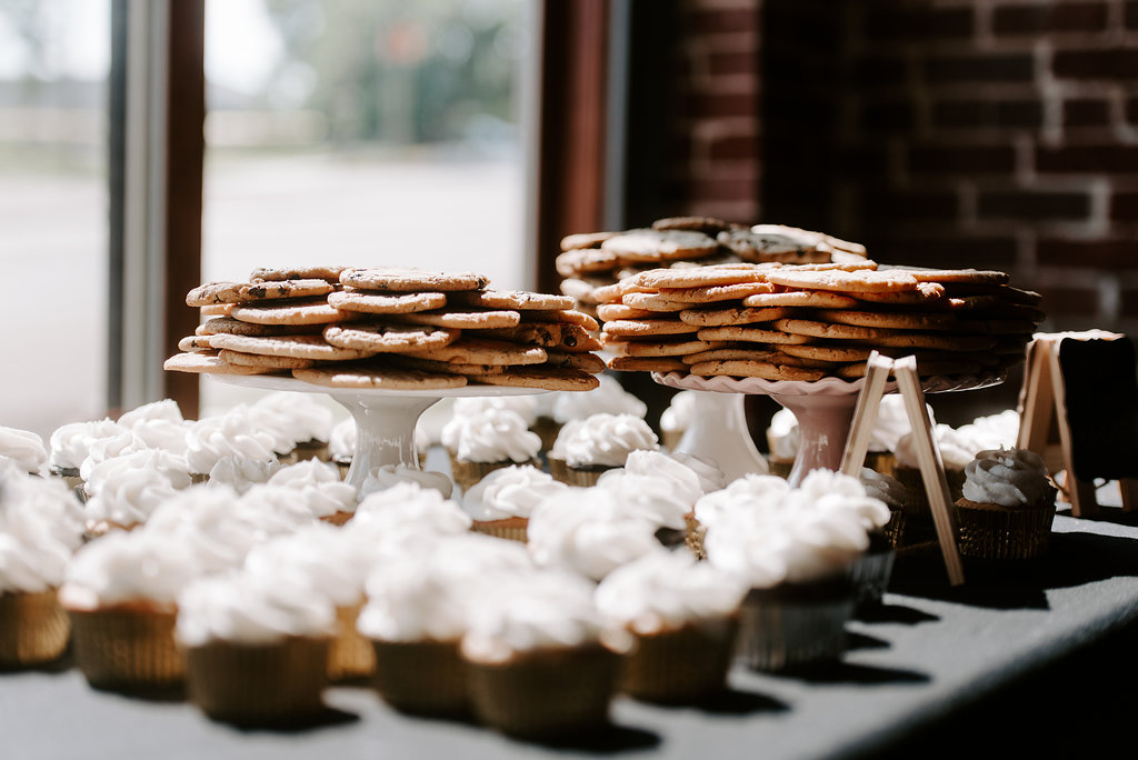 Standard Downtown Knoxville Wedding Venue Central Avenue Happy Holler Cookies