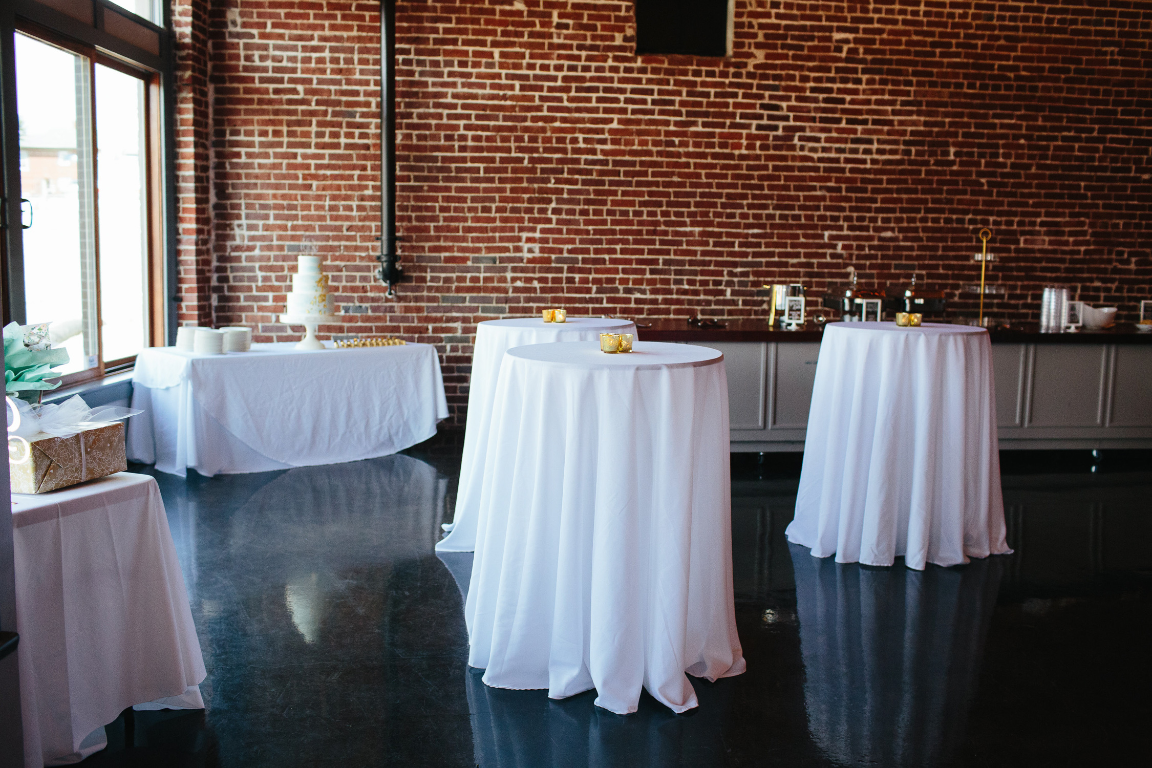 Downtown Knoxville Wedding Reception Venue // Botanical Wedding
