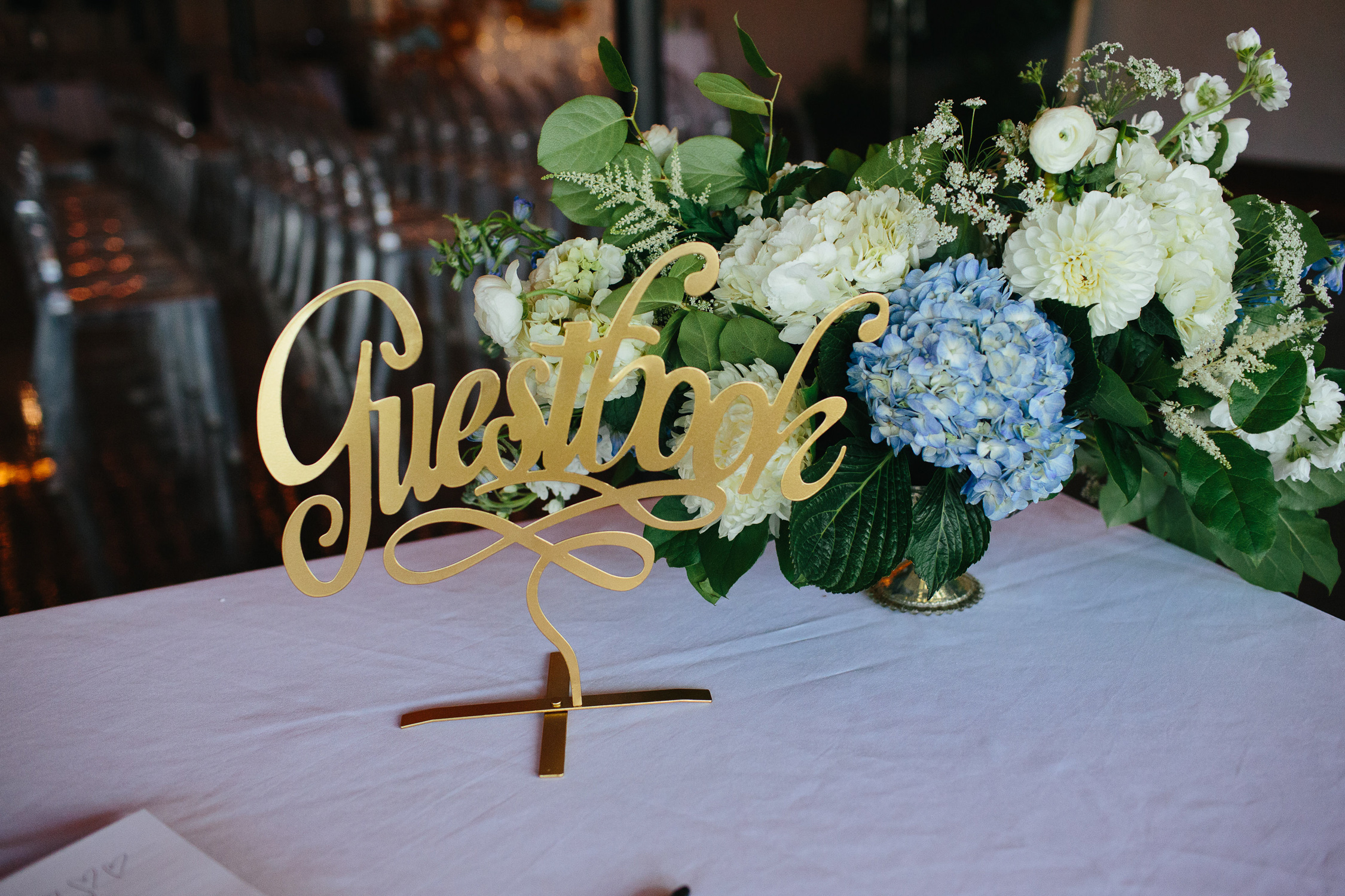 Downtown Knoxville Wedding Reception Venue // Botanical Wedding // Gift Table