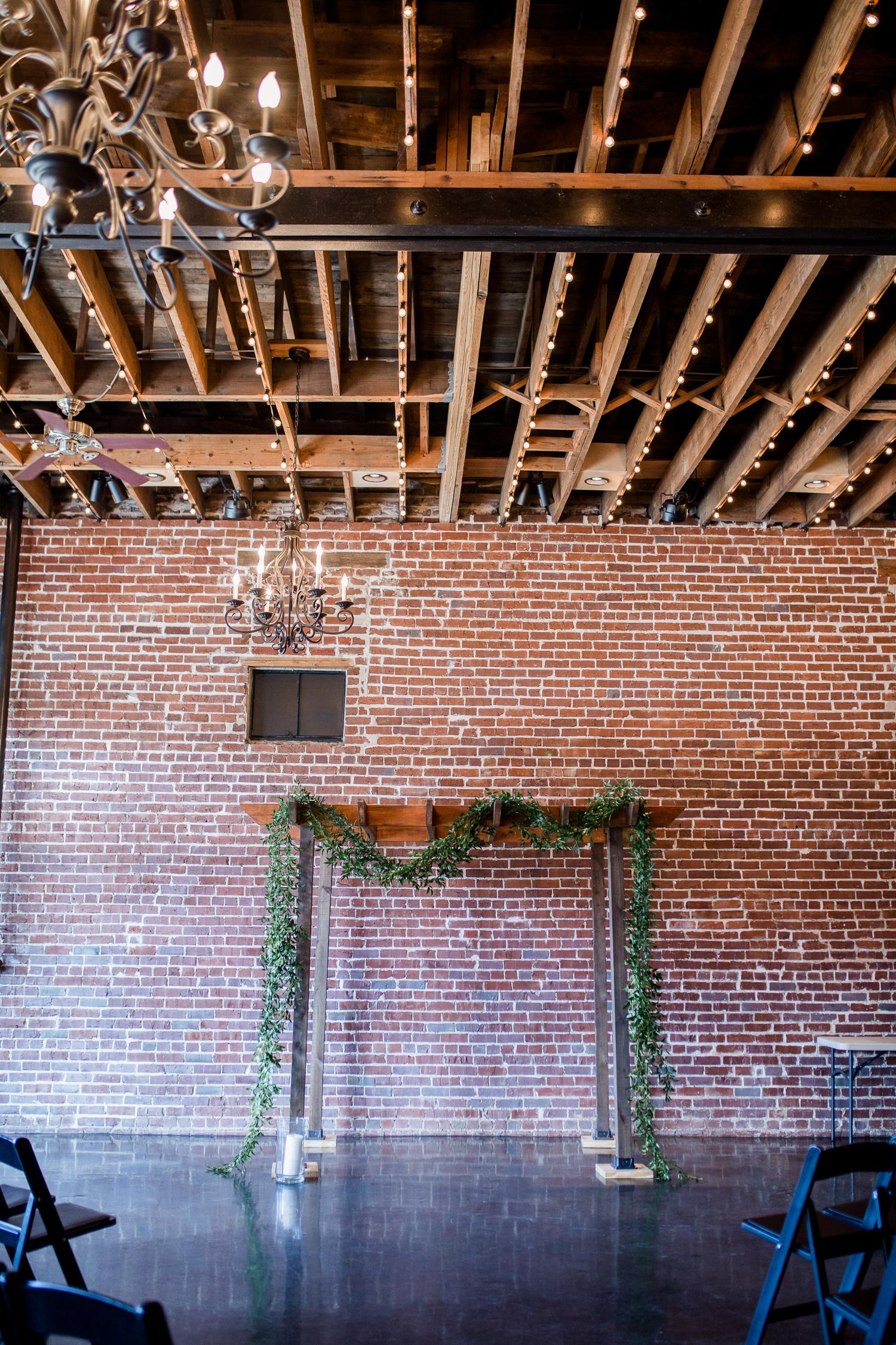 Downtown Knoxville Wedding Venue // Central Avenue Reception // Exposed Brick Indoor Wedding Venue