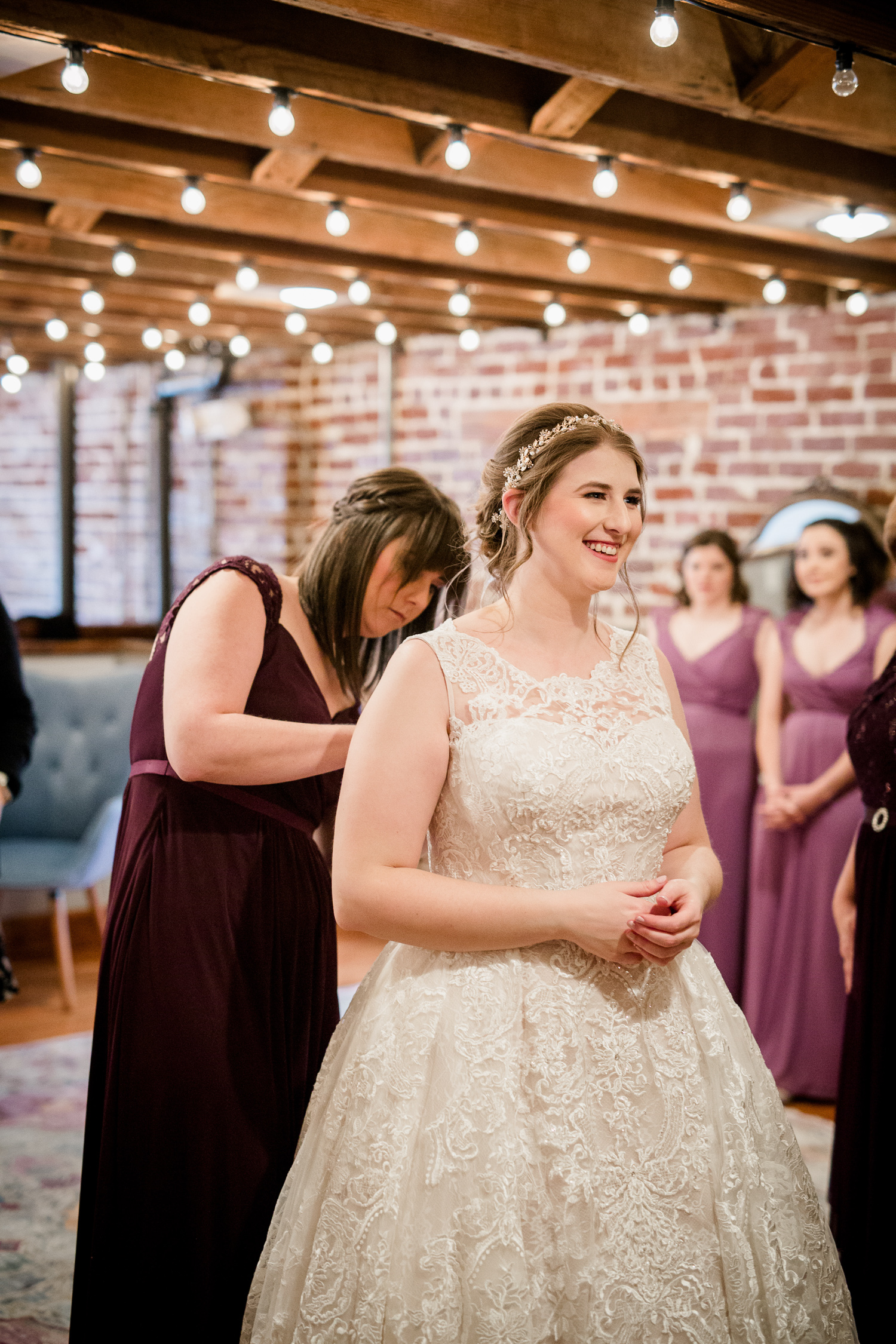Downtown Knoxville Wedding Venue // Central Avenue Reception // Bridal Gown
