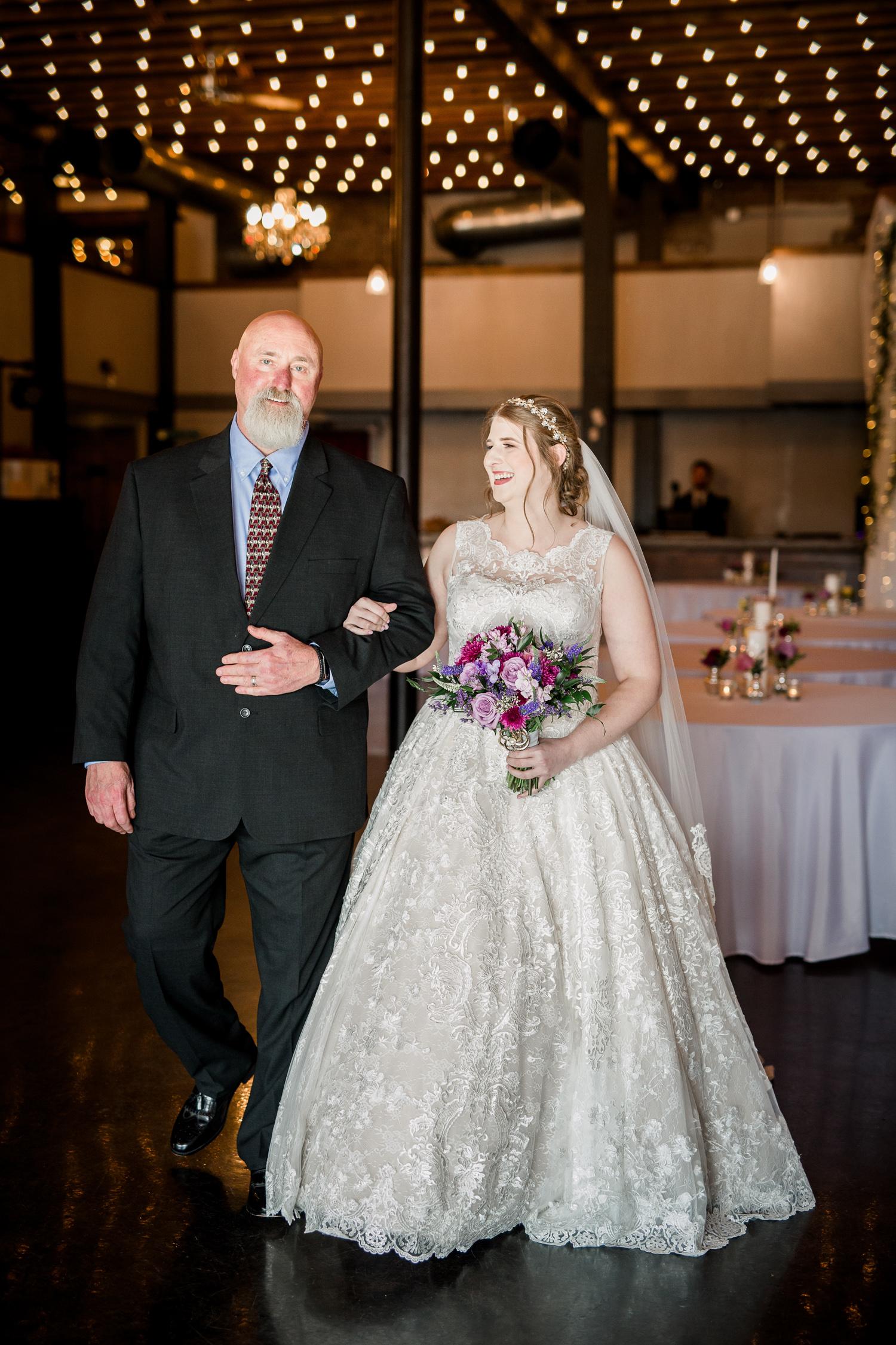 Downtown Knoxville Wedding Venue // Central Avenue Reception // Bridesmaids // Relix Knoxville Floral Design Bouquet