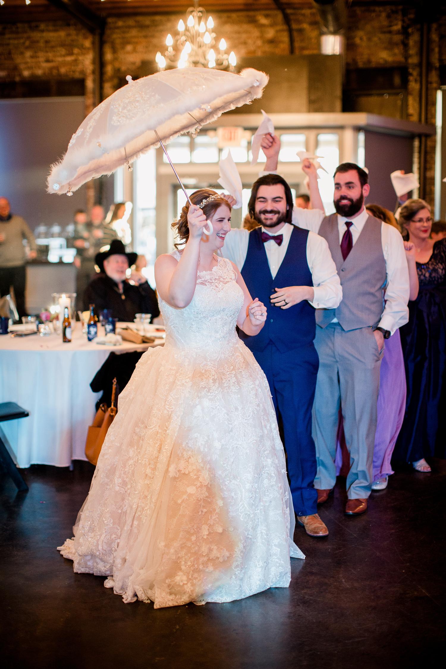 Downtown Knoxville Wedding Venue // Central Avenue Reception //  Dancing