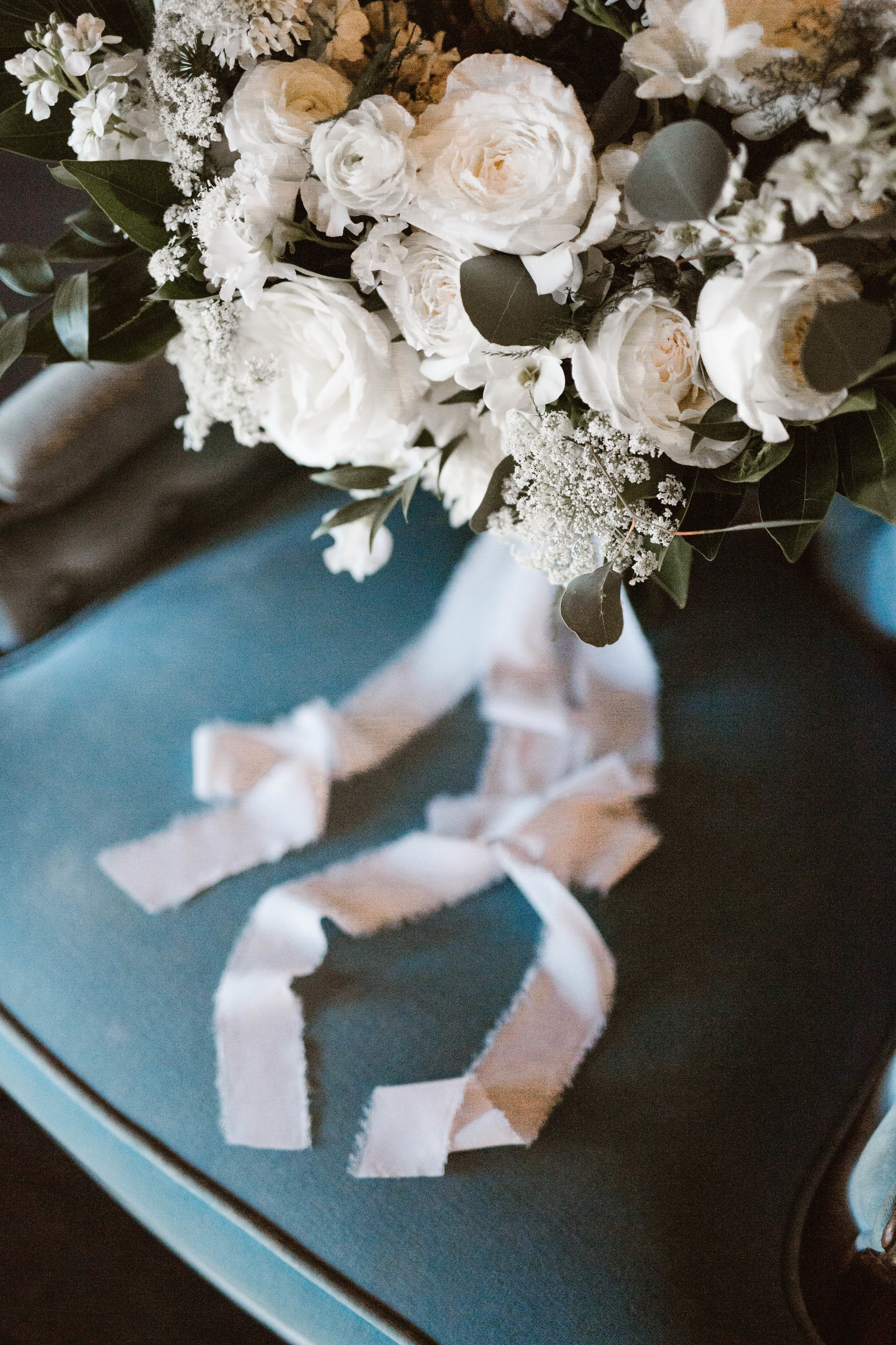 Knoxville Floral Deign // Relix: Knoxville's Modern Downtown Wedding Venue