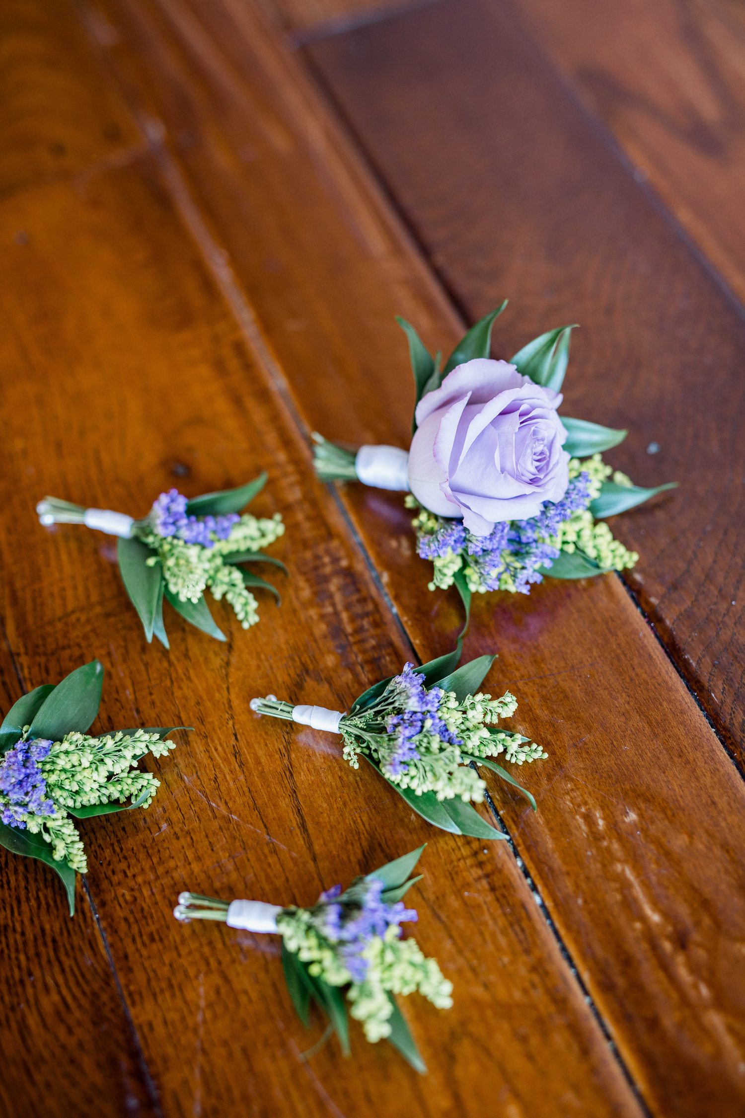 Downtown Knoxville Floral Deign // Relix: Knoxville's Modern Downtown Wedding Venue