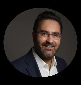 Speaker : Matthieu ChabeaudMatthieu Chabeaud est CEO d'askR.ai. Avec près de 10 ans d'expérience en Business Intelligence et Big Data, il s'est pris à rêver de pouvoir, un jour, discuter directement avec les bases de données. Les progrès de l'IA lui ont permis de réaliser ce rêve et de créer askR.ai, le premier chatbot de data visualisation. -