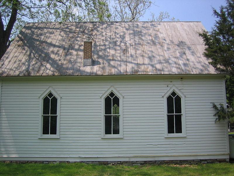 800px-North_River_Mills_United_Methodist_Church_North_River_Mills_WV_2007_05_12_18.JPG